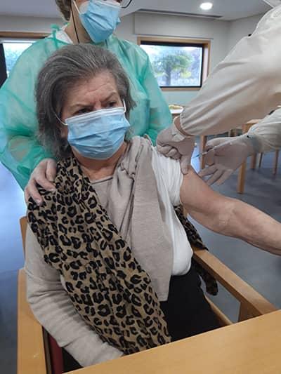Vacinação Residência Casa De Avioso